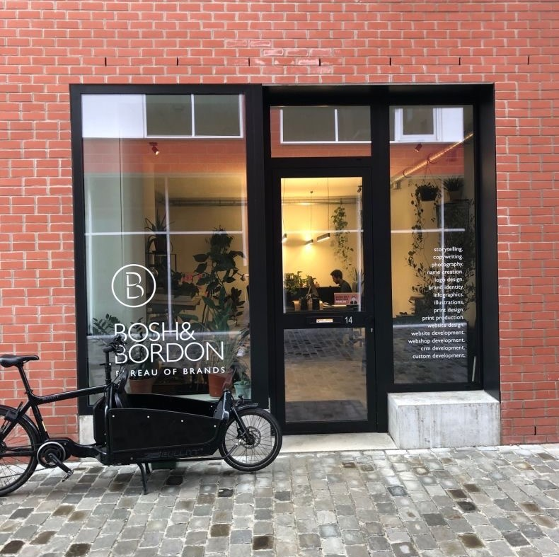 Totale kantoorafwerking Bosh & Bordon (Gent)